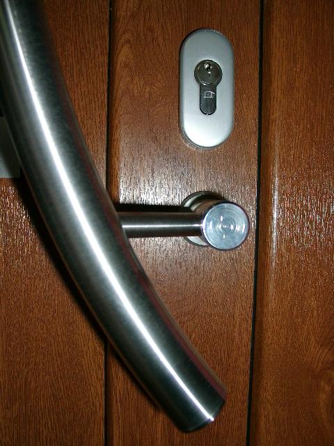 klamka drzwi zewnętrznych